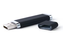 Auch USB-Sticks unterliegen dem Urheberrechtsgesetz.