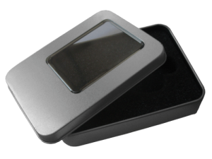 MemoTrek Vertrieb USB-Verpackung Große Metallbox mit Sichtfenster Produktfoto